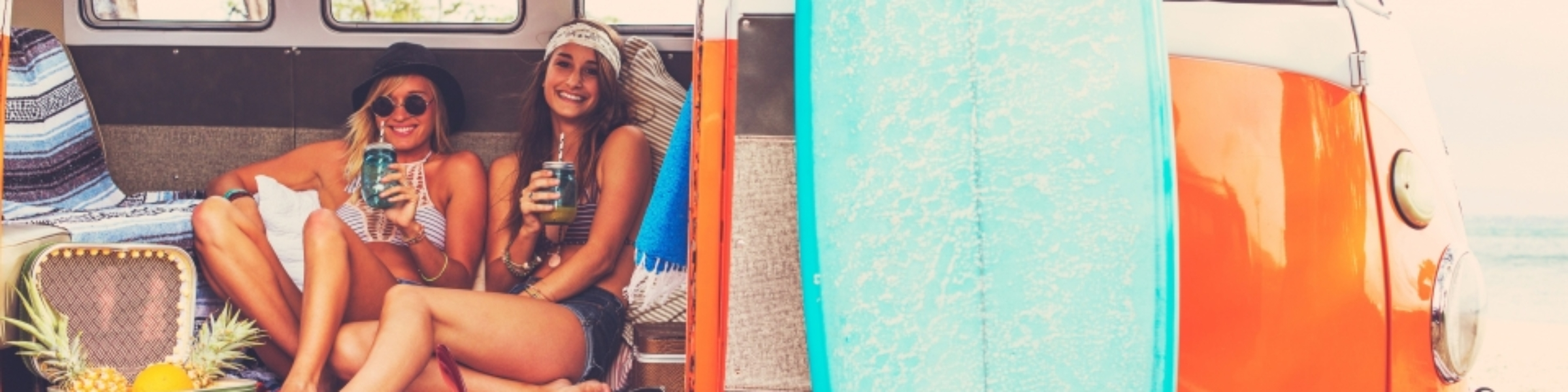 Surf-Board-Beach-VW-Van-Girls-960x300_c